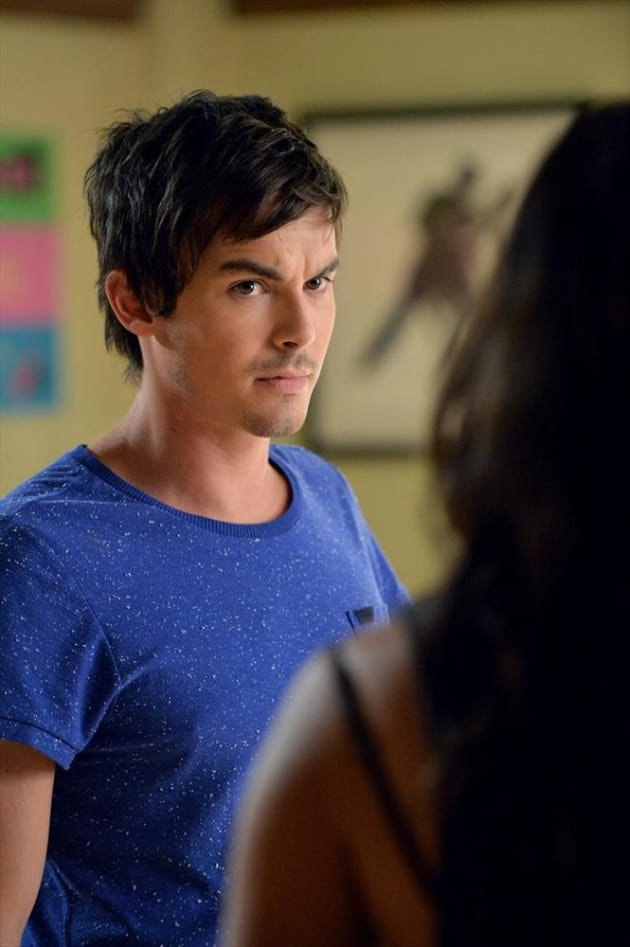 Looking Concerned - Pretty Little Liars Season 5 Episode 20