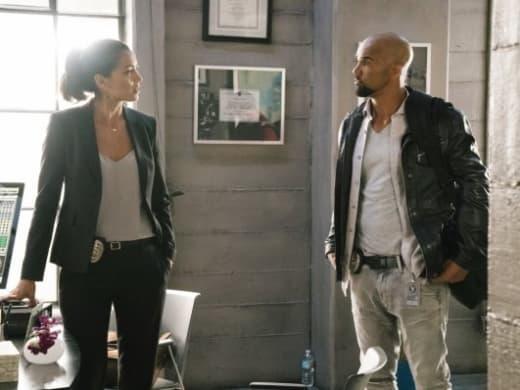 Jessica Hides - S.W.A.T. Season 1 Episode 4
