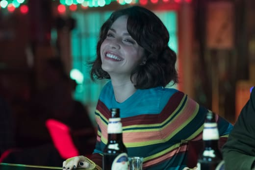 Lea in the bar - The Good Doctor Season 1 Episode 11