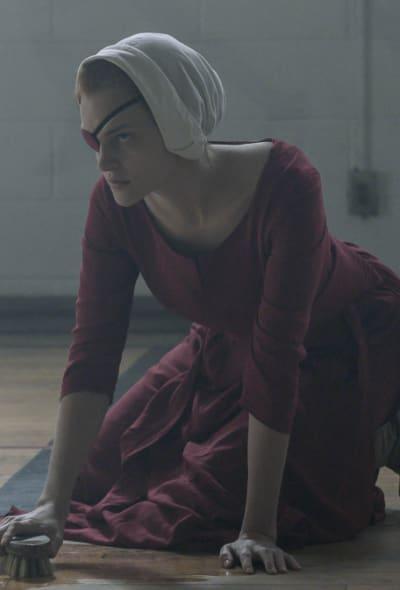 Janine scrubs - The Handmaid's Tale Season 4 Episode 9