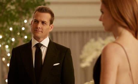 A Darvey Reunion? - Suits Season 7 Episode 16