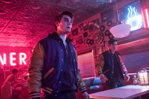 Marked Man - Riverdale Season 2 Episode 21