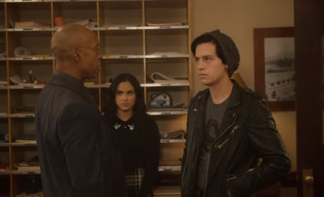 The Principal's Authority - Riverdale Season 2 Episode 10