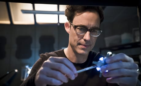 Turtle, Is that You? - The Flash Season 2 Episode 12