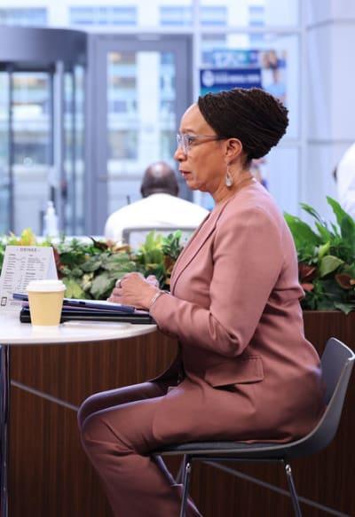 Catching Dr. Cooper - Chicago Med Season 7 Episode 4