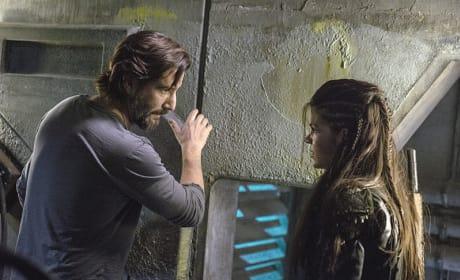 Kane Talking to Octavia - The 100 Season 3 Episode 5