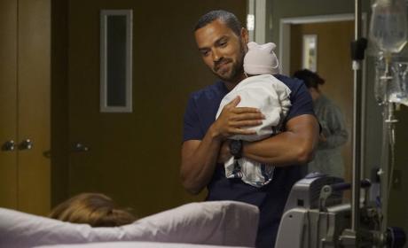 Papa Avery - Grey's Anatomy Season 13 Episode 1