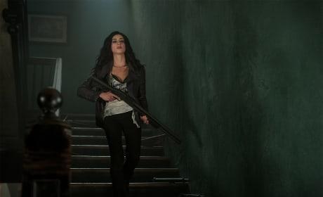 On The Hunt - Ash vs Evil Dead Season 3 Episode 6