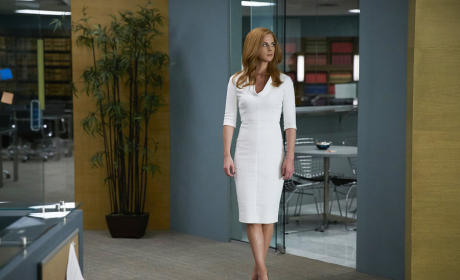 Donna - Suits Season 5 Episode 10