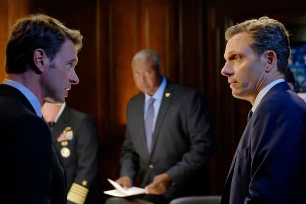 Wanna Fight About It? - Scandal Season 6 Episode 1