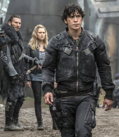 Fighting to Save Humanity – The 100 Season 4 Episode 6