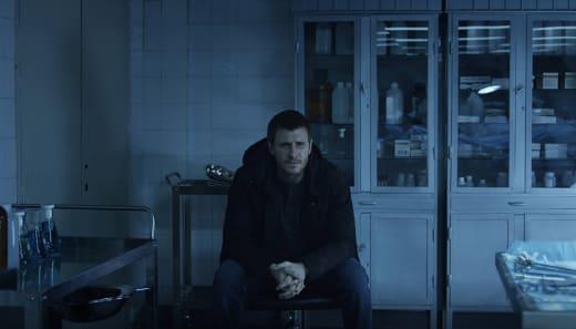 Six Bodies - Absentia Season 1 Episode 7