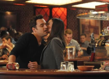 Watch New Girl Season 2 Episode 19 Online