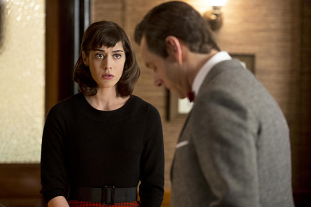 Lizzy Caplan And Michael Sheen Photo