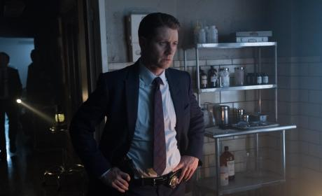 Listen - Gotham Season 3 Episode 14