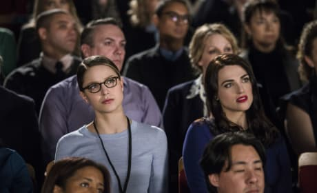 Intrigued - Supergirl Season 2 Episode 18