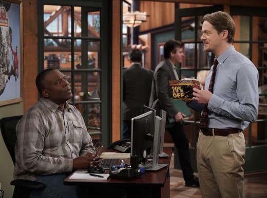 Kyle and chuck - Last Man Standing Season 7 Episode 11