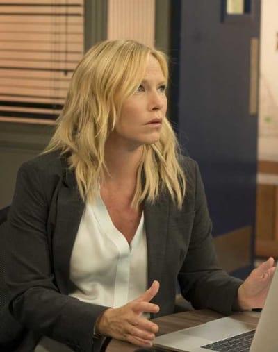 Rollins Under Stress - Law & Order: SVU Season 20 Episode 5