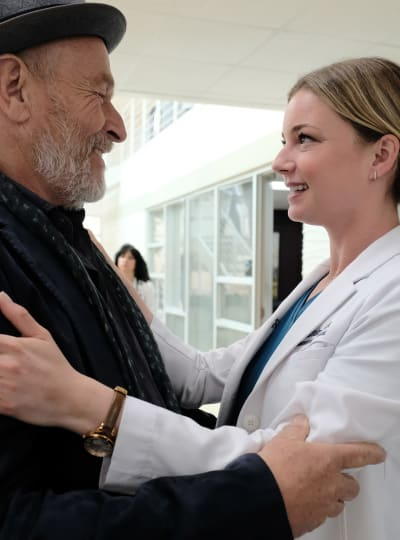Father of the Year - Tall - The Resident Season 2 Episode 23