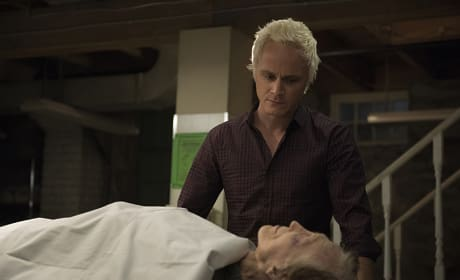 Mortuary Work - iZombie Season 2 Episode 6