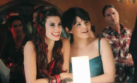 Ruby and Snow - Once Upon a Time Season 1 Episode 12
