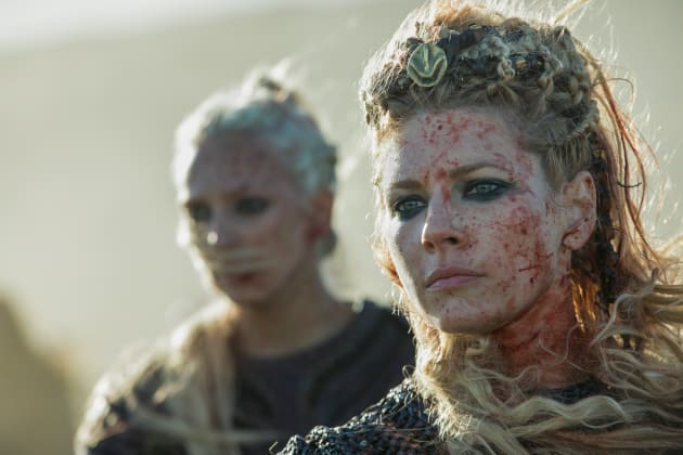 Bloody Lagertha - Vikings Season 5 Episode 8