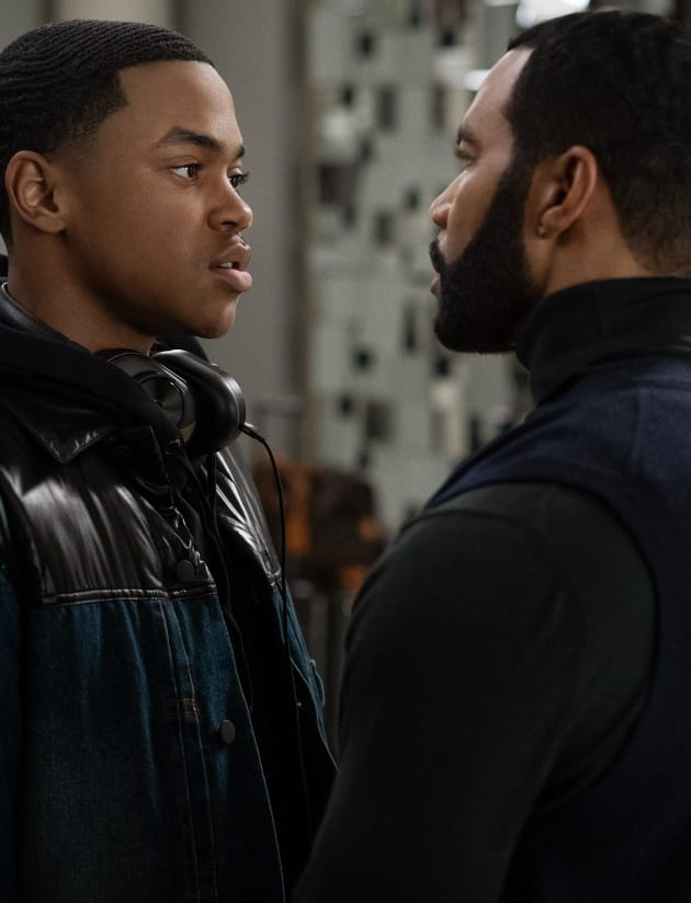 Father & Son - Power Season 6 Episode 1