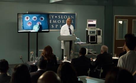 Cancer Pen - Grey's Anatomy Season 14 Episode 20