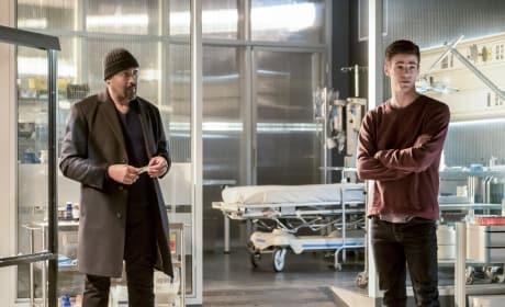 Time for Plan B - The Flash Season 3 Episode 23