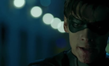 Titans Trailer: Why Does Robin Hate Batman?