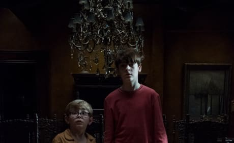 Brothers Unite - The Haunting of Hill House Season 1 Episode 6