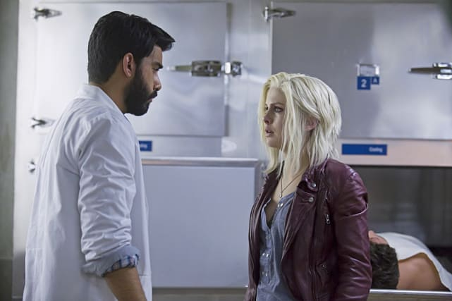 Distraught liv izombie s1e10