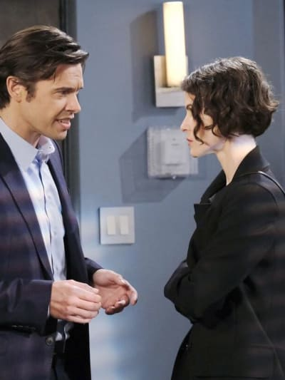 Sarah's Mad/Tall - Days of Our Lives