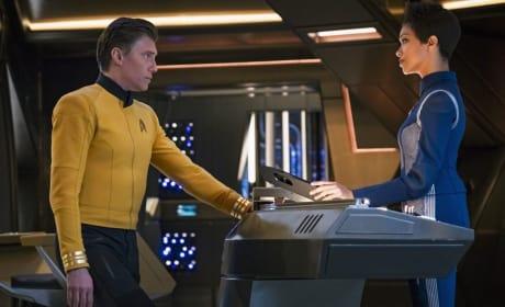 Pike and Burnham - Star Trek: Discovery Season 2 Episode 1