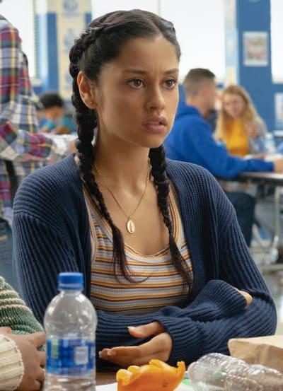 Yolanda cafeteria - Stargirl Season 1 Episode 10