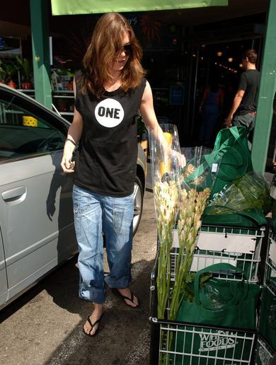 Ellen Goes Flower Shopping