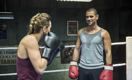 Put 'em Up - Arrow Season 3 Episode 6