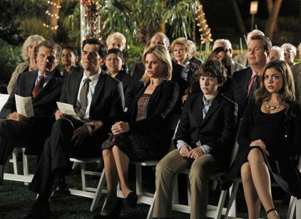Watch Modern Family Season 4 Episode 24 Online