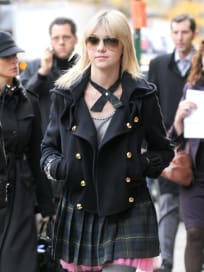 Momsen on the Move