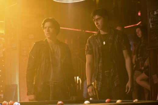 Tensions Rising - Riverdale Season 2 Episode 5