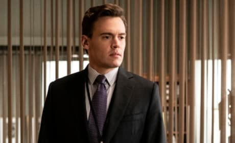 Blake In the Office - Madam Secretary Season 5 Episode 12