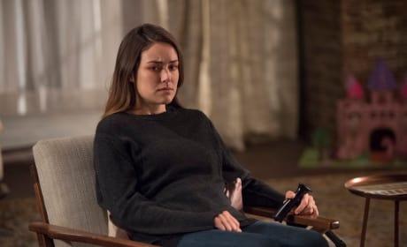 All Alone - The Blacklist Season 5 Episode 9