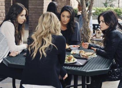 Watch Pretty Little Liars Season 2 Episode 11 Online