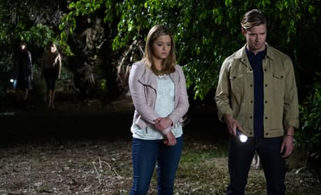 A Grisly Discovery? - Pretty Little Liars Season 6 Episode 4