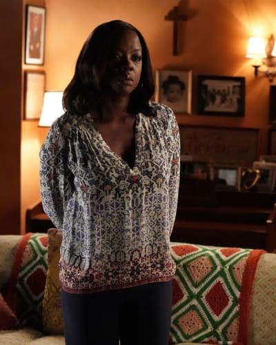 There's Trouble Brewing - How to Get Away with Murder Season 4 Episode 1