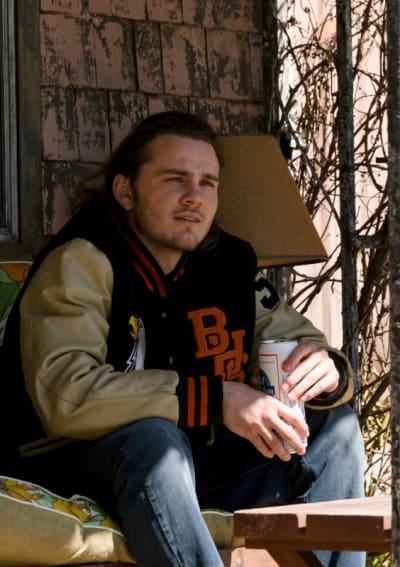Billy Drinks a Beer - American Rust Season 1 Episode 1