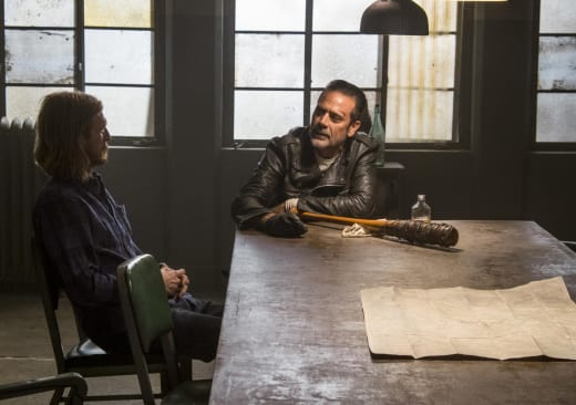 Negan Is Back! - The Walking Dead