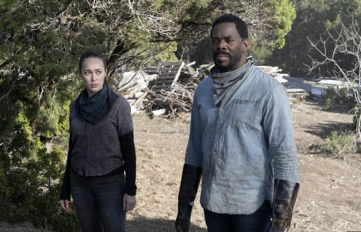 An Unusual Threat - Fear the Walking Dead
