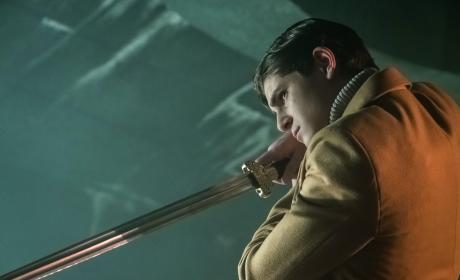 Bruce Takes Aim - Gotham Season 3 Episode 22
