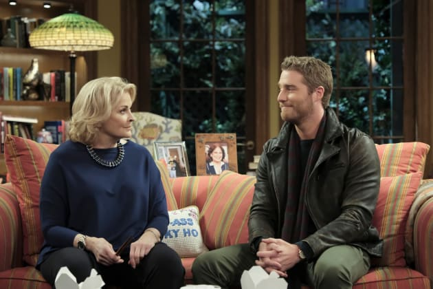 Murphy and Avery Talking at Home - Murphy Brown Season 1 Episode 1